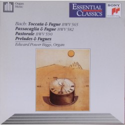 Bach: Toccata and Fugue BWV 565, Passacaglia and Fugue. Pastorale. E Power Biggs. 1 CD. Sony