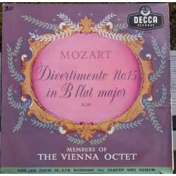 Mozart: Divertimento nr. 15. Members of the Vienna Octet. 1 LP. Decca