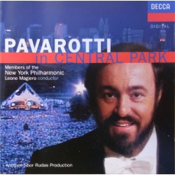 Pavarotti in Central Park. 1 CD. Decca